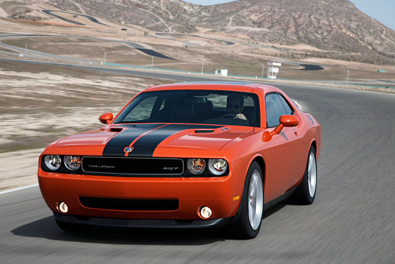 2011-Dodge-Challenger-Cars.com-Car-of-the-Year