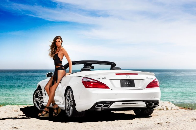 Mercedes Benz Hosts Miami Swim Week With Swimsuits And Supermodels